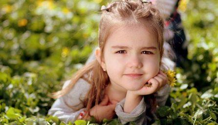 girl 1250679 340