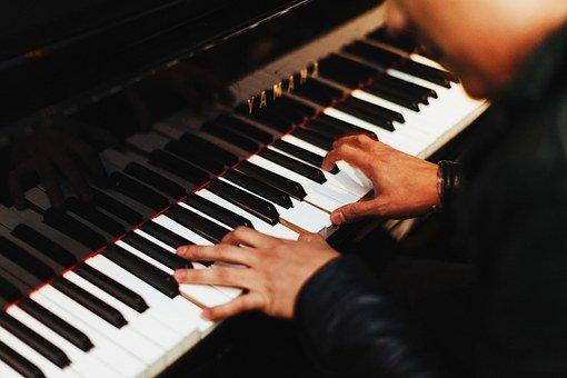 pianist 1149172 340