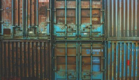 containers 1209079 340