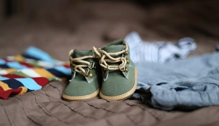 baby shoes 505471 340